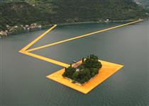 The Floating Piers (Lake Iseo near Brescia, Italy) - Christo and Jeanne-Claude