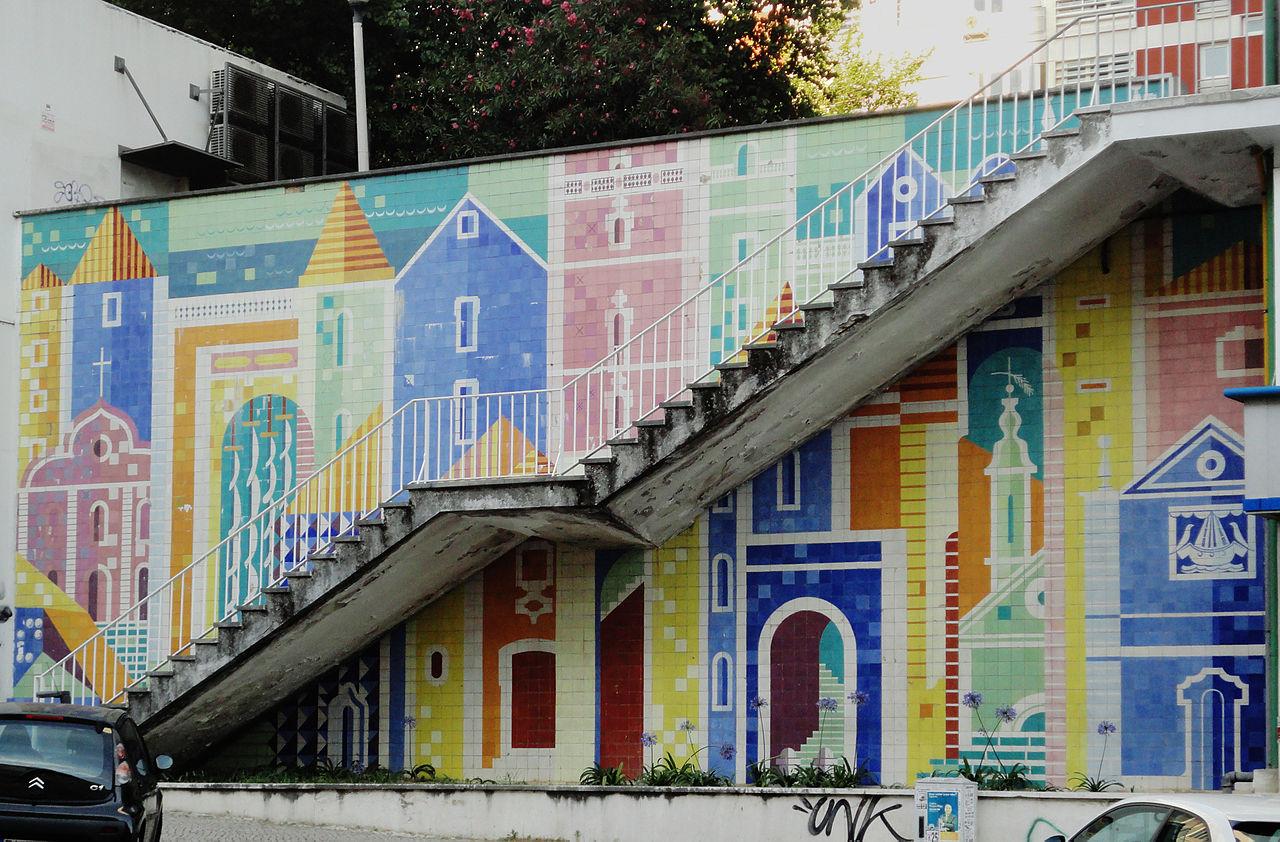 Azulejos ceramic tiles panel av infante santo lisbon for Azulejos de portugal