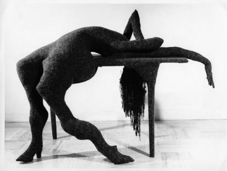 Table Tragique (Tragic Table) from Hôtel du Pavot, Chambre 202, 1973 - Доротея Таннінг