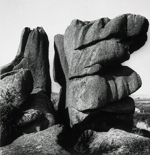 Rocks at Ploumenach, Brittany, 1936 - Eileen Agar
