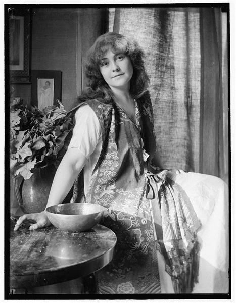 Rose O'Neill, 1907 - Gertrude Kasebier