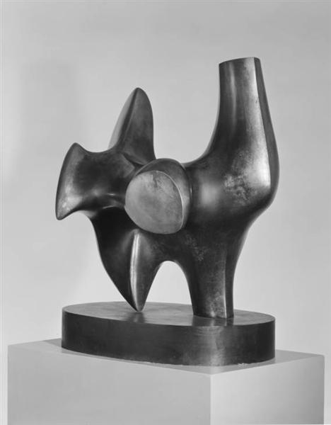 Working Model for Three Way Piece No. 2. Archer, 1964 - Henry Moore